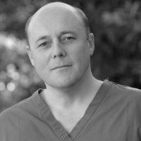 Dr. Robert Morris