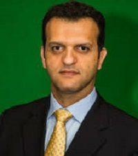 Dr. Carlos Fares Bechara
