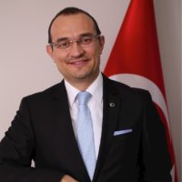 Dr. Tancan Uysal