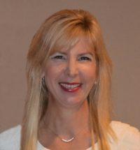 Dr. Yvonne Szyperski