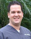 Dr. Lester Castillo